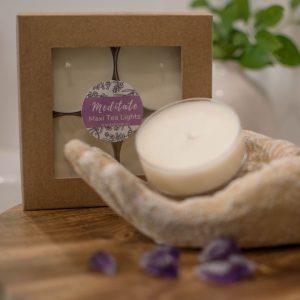 Meditate Maxi tea light with lavender fragrance