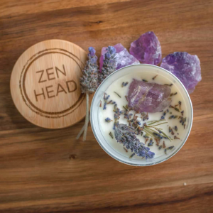 Crystal candle with amethyst crystal and lavender petals